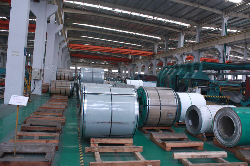 "430 / NO.4 / HL BACK PASS 430 Stainless Steel Coil With Width Of 36"" 48"" And Thickness Of Ga 12 Ga 16"